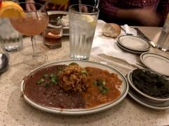 Creole menu (fagioli, jambalaya e creole di gamberi)