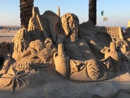 Sculture di sabbia sulla spiaggia di San Vito / Sand sculptures on the beach